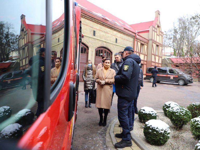Рятувальники Львівщини отримали новий пожежний автомобіль