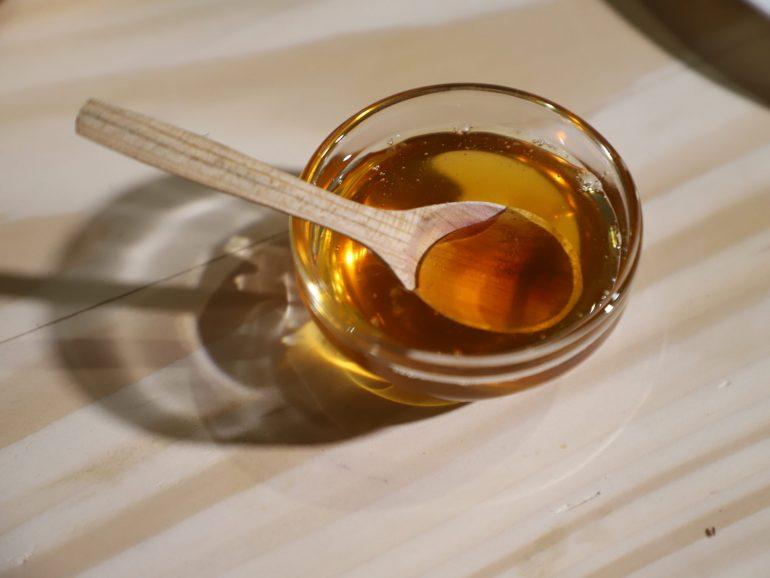 Цікаві факти про мед та бджільництво