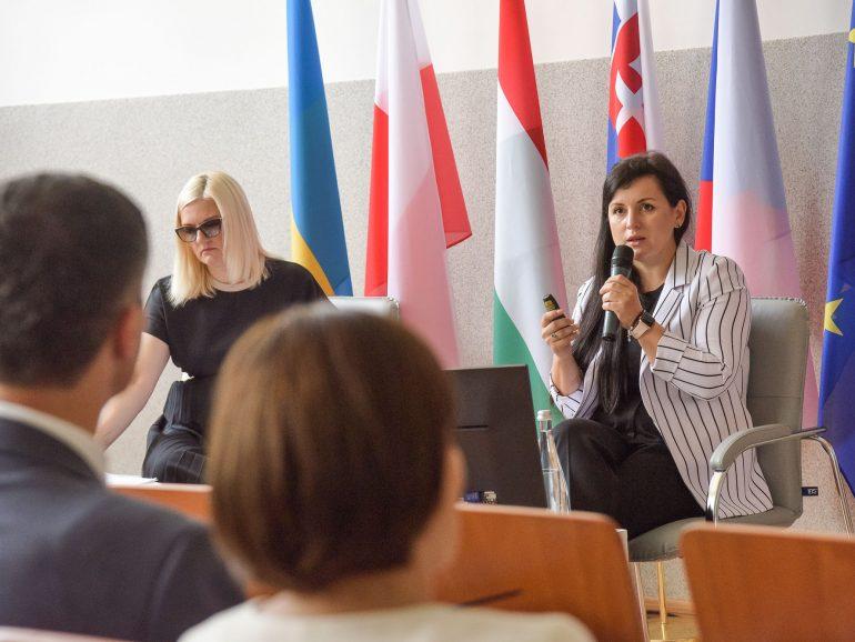 Досвідом реалізації проєкту, підтриманого Міжнародним Вишерадським Фондом поділились на конференції