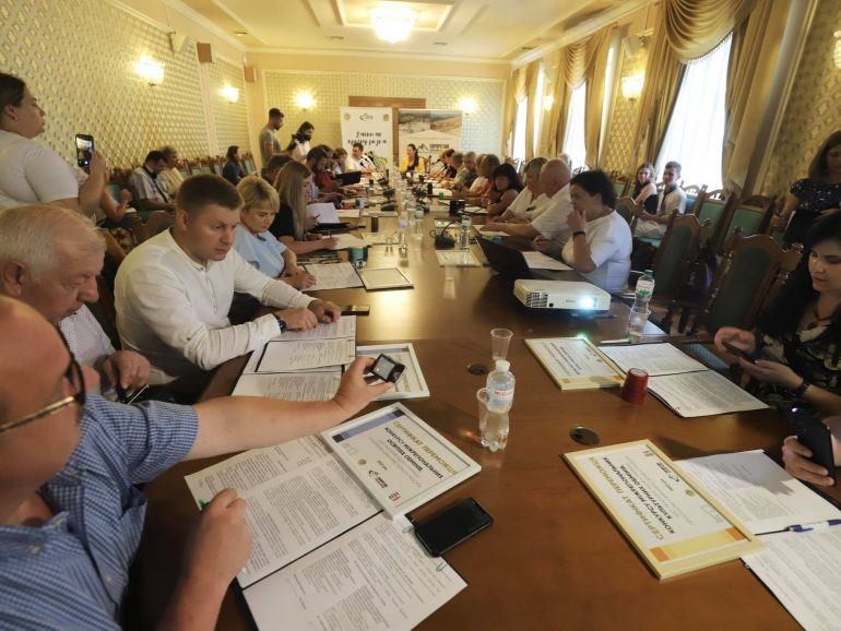 Змінимо країну разом: 25 проєктів міжрегіональних обмінів між східними та західними областями України офіційно розпочали реалізацію