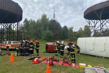 Рятувальники Карпатського регіону вдосконалюють професійні навички в межах проєкту #SECINCARP