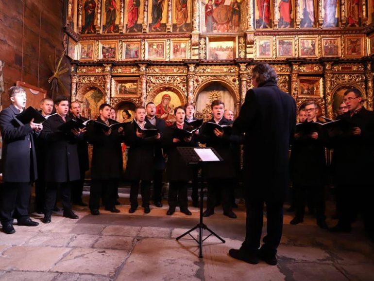 Завершили серію концертів духовної музики у церкві на Івано-Франківщині